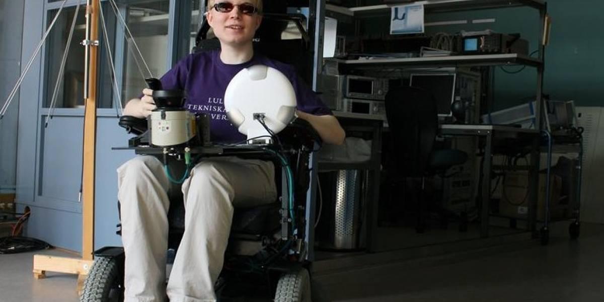 """Desarrollan silla de ruedas para ciegos que """"ve"""" por su usuario"""
