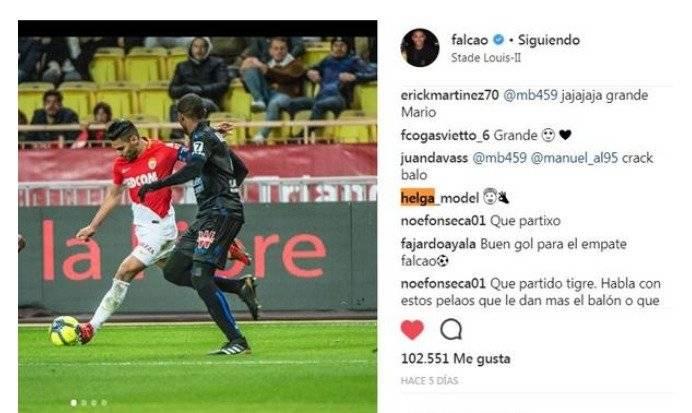 Helga comenta fotos de Falcao