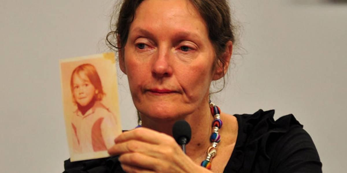 Madre de Assange visita Ecuador para convencerlos de otorgar asilo a su hijo