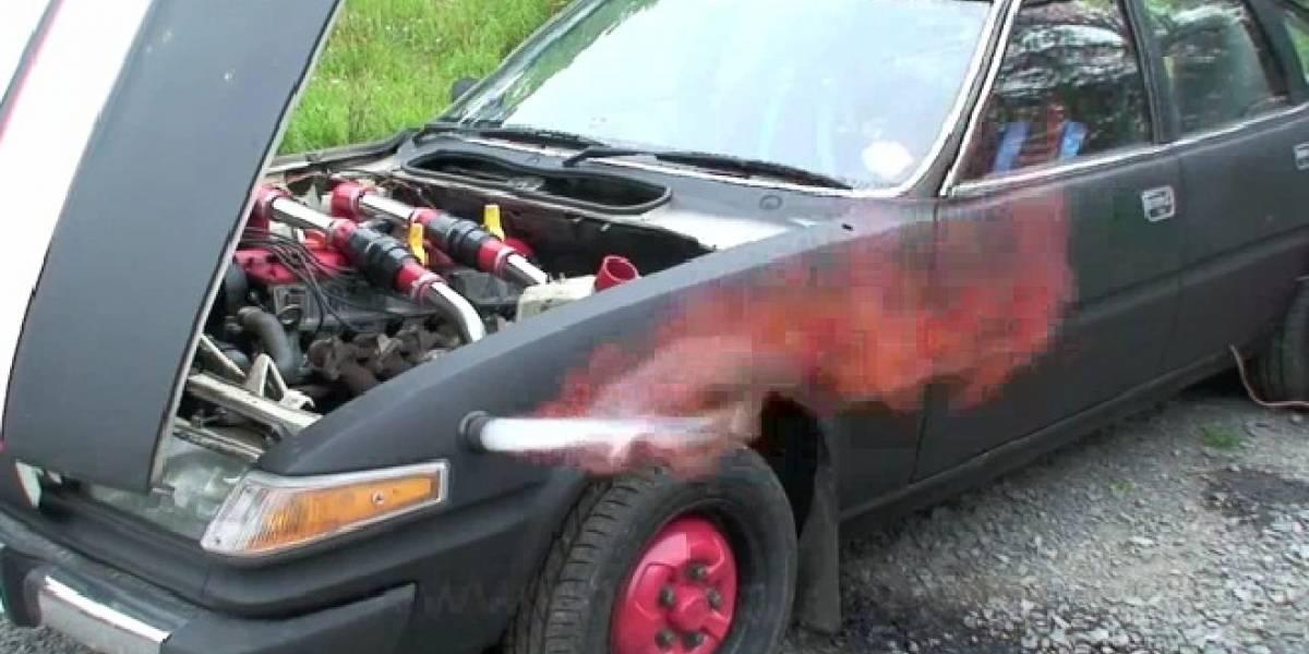 Auto propulsado por café pulverizó récord de velocidad