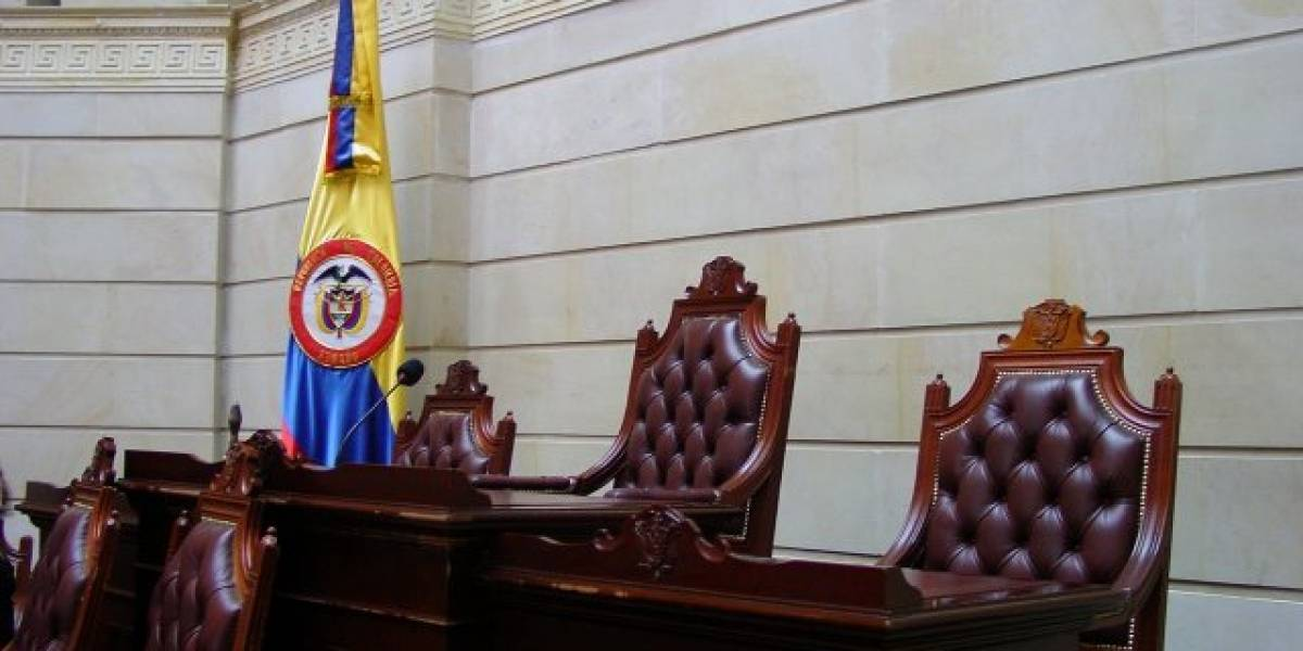 Colombia: Visitas a sitios porno causan caída de internet en el Congreso