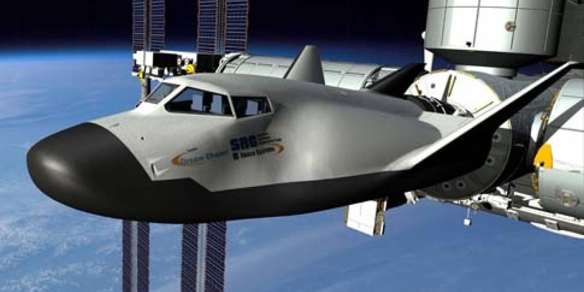 Exitoso primer vuelo de prototipo de nave espacial privada