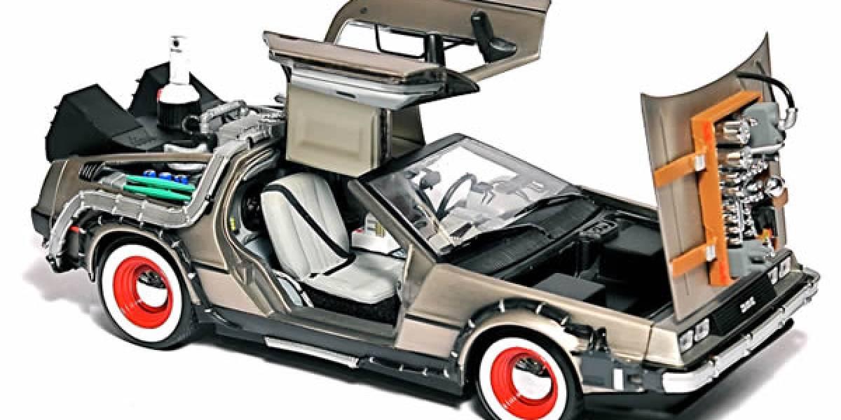 "Réplica a escala del DeLorean ahora es disco duro de 500 ""jigabytes"""