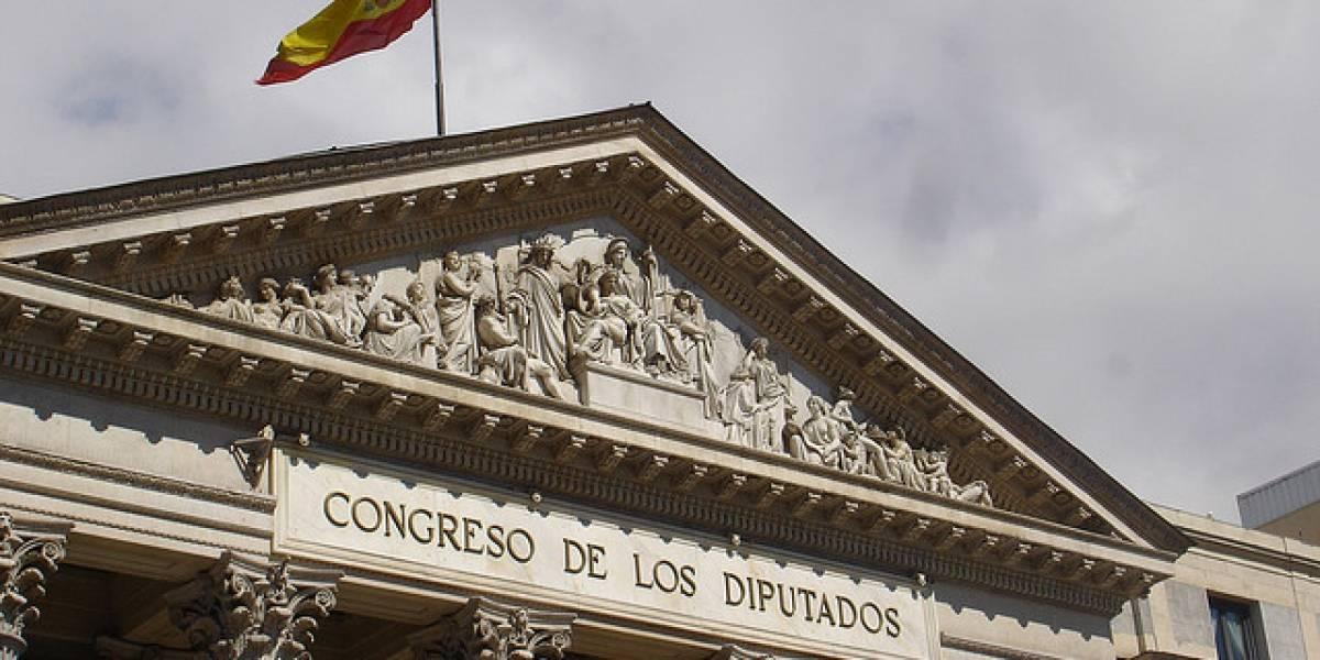España: Piden que la Administración se pase al software libre