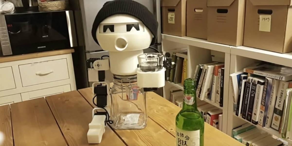 Con este robot nunca más vas a beber solo