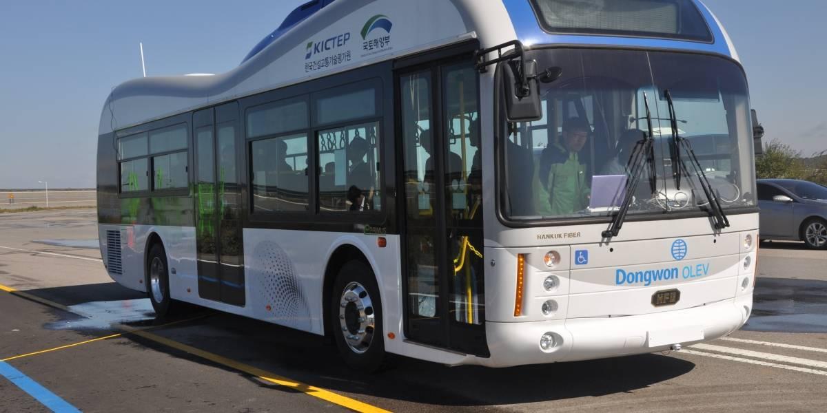 Corea del Sur inaugura calle que recarga vehículos eléctricos en movimiento