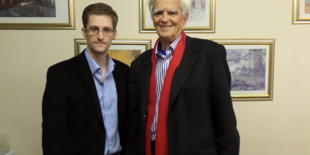 Político alemán quiere que Snowden testifique contra EE.UU.