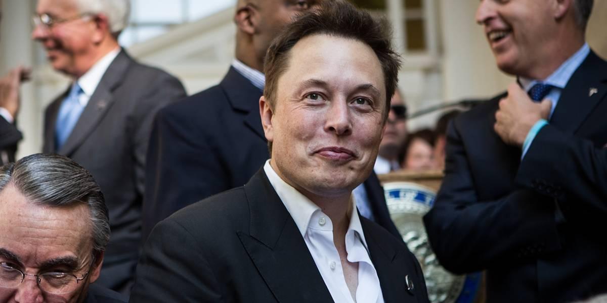 Elon Musk explica su plan para bombardear Marte
