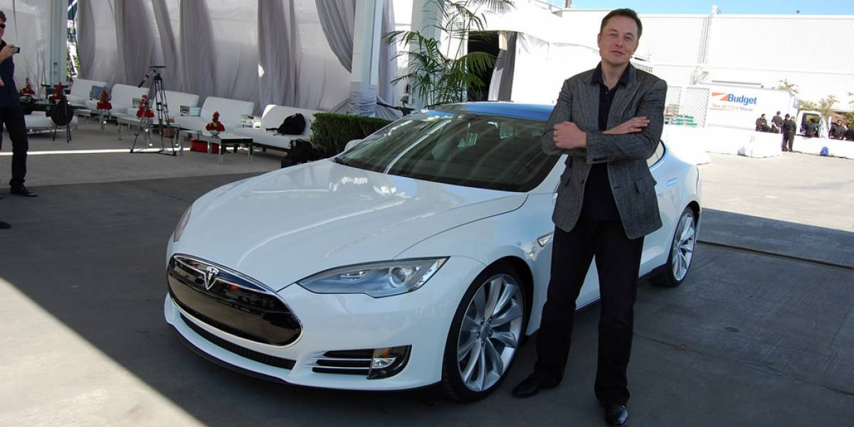 Elon Musk le da el visto bueno al carro eléctrico de Apple