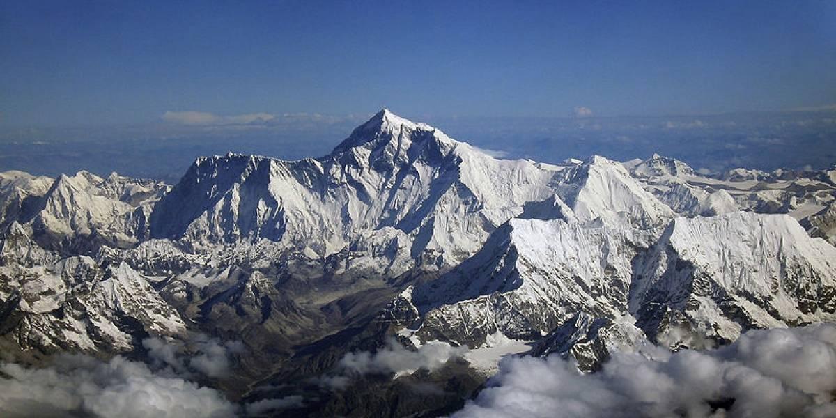 Ya se puede twittear desde el Everest con Internet 3G