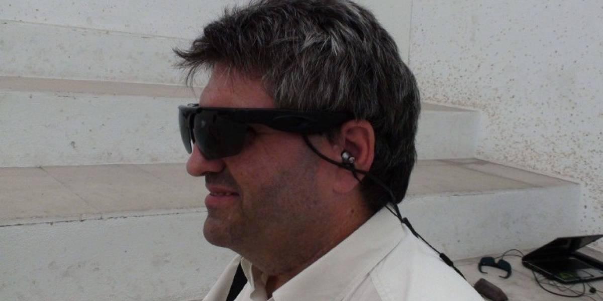 """Sistema de anteojos permite a los ciegos """"ver por los oídos"""""""