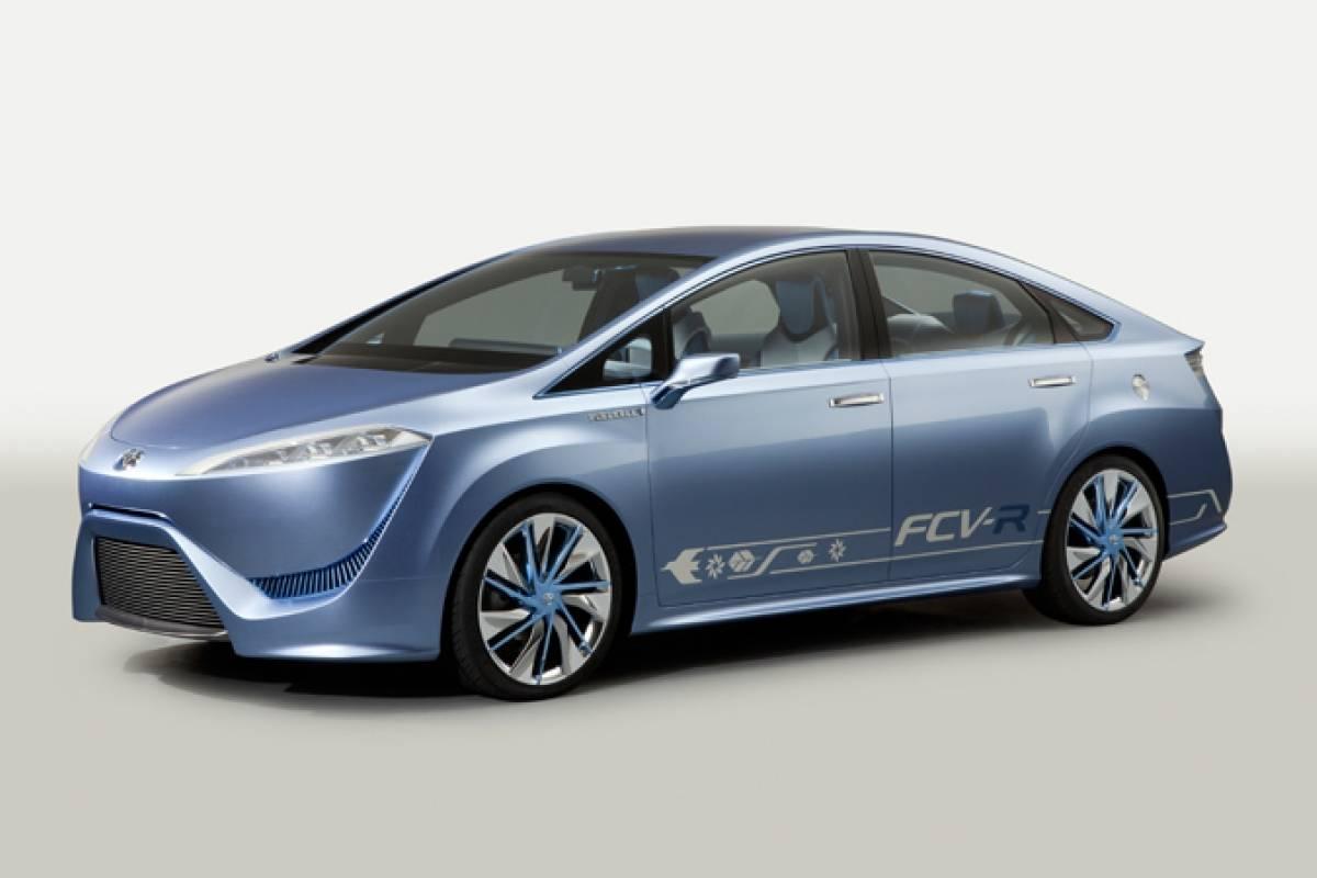 Toyota promete vender un auto que use celdas de combustible para 2015