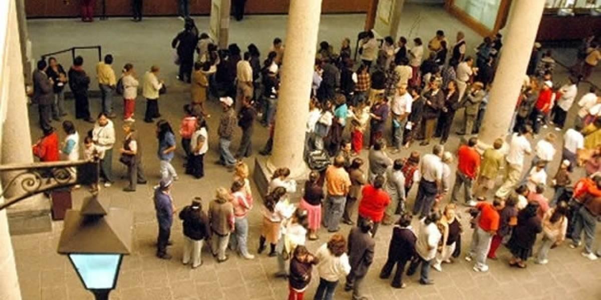 Chile: Gobierno busca eliminar las colas para trámites hacia el 2014