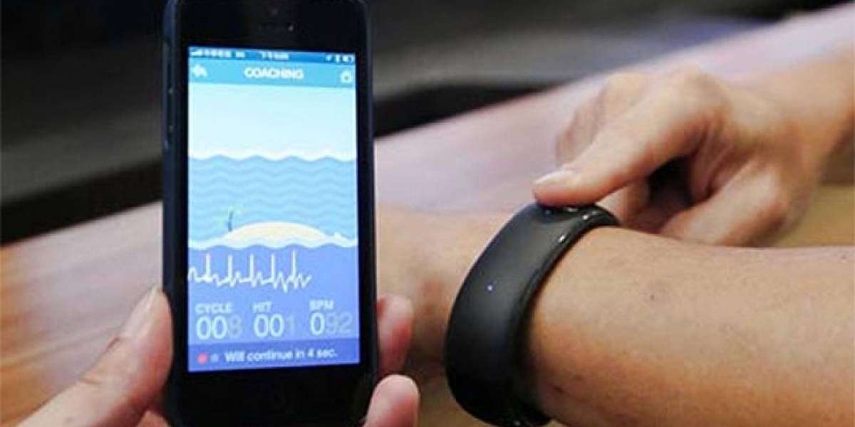 Foxconn presentó un reloj inteligente que se conecta al iPhone