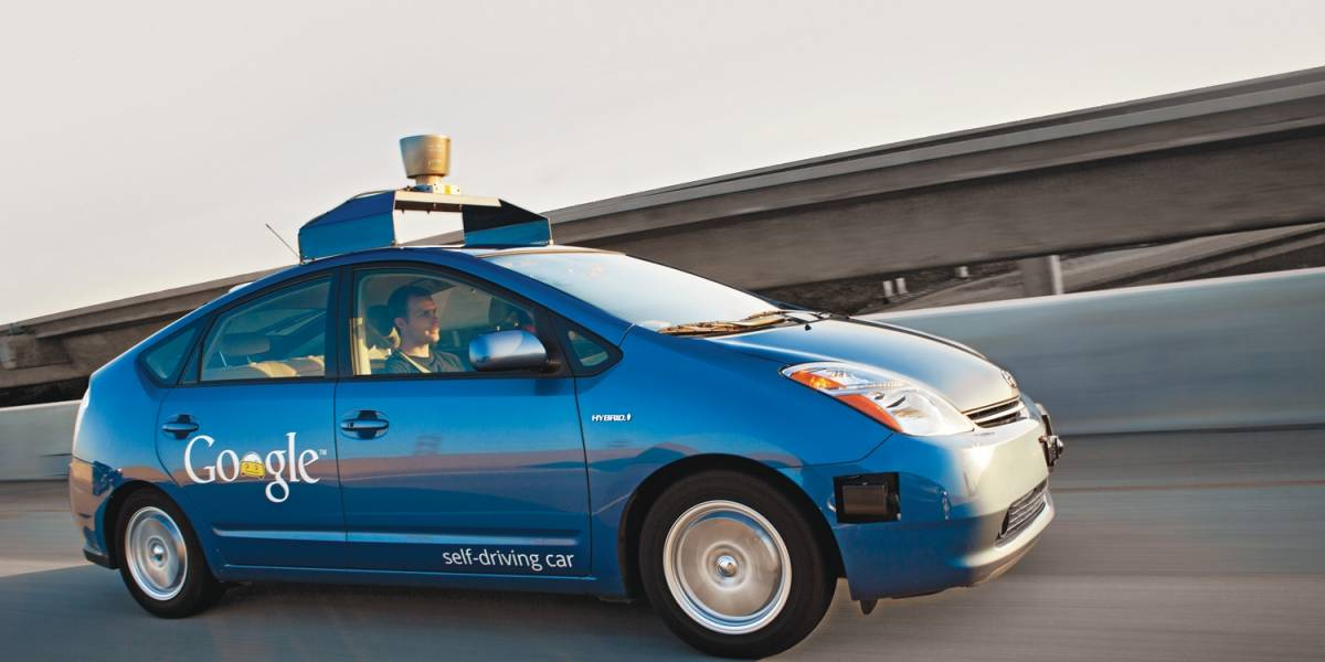Google estaría pensando en fabricar su propio automóvil