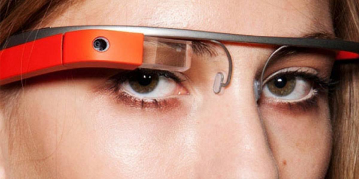 Google Glass activará funciones guiñando un ojo o moviendo la cabeza