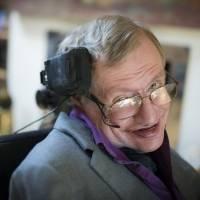 Stephen Hawking advierte que la Inteligencia Artificial puede acabar con la humanidad