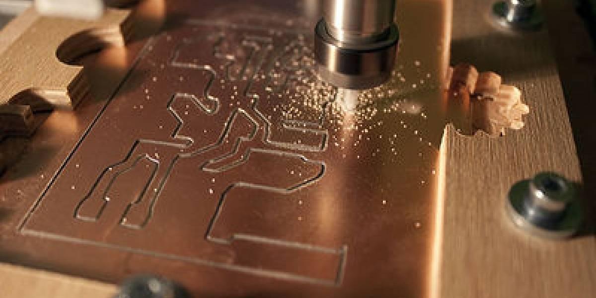 """Este lunes se imparte el taller """"Diseño de Placas electrónicas con CNC Router"""" en Stgo MakerSpace"""