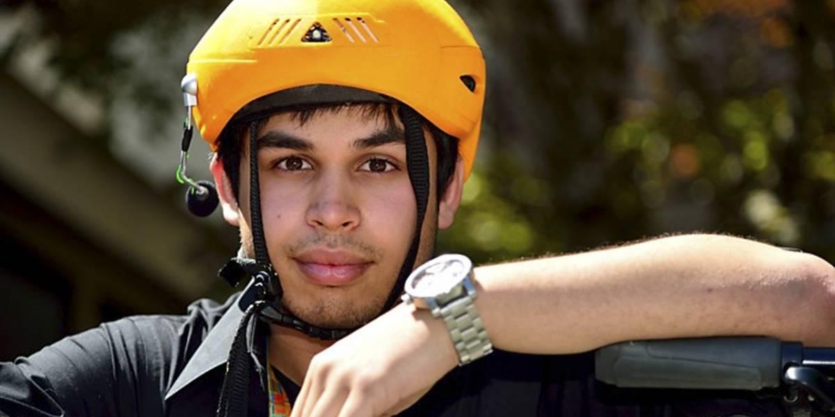 """Estudiantes en Intel crean un """"casco inteligente"""" para ciclistas"""