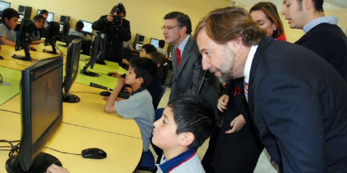 Chile: Gobierno inició programa para dar banda ancha a escuelas para 2012