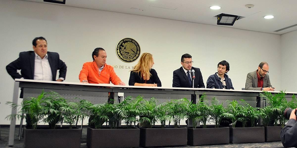 Activistas mexicanos piden en el Senado internet libre para todos