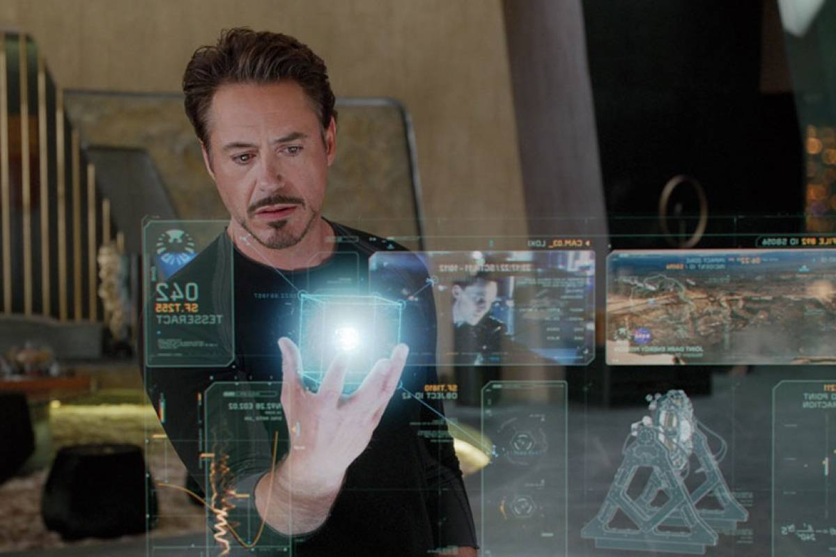 Así trabaja Elon Musk en su laboratorio de Iron Man