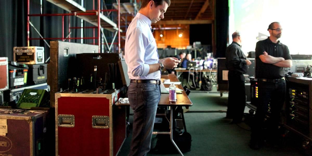 Jack Dorsey hace oficial el despido de más de 300 empleados de Twitter
