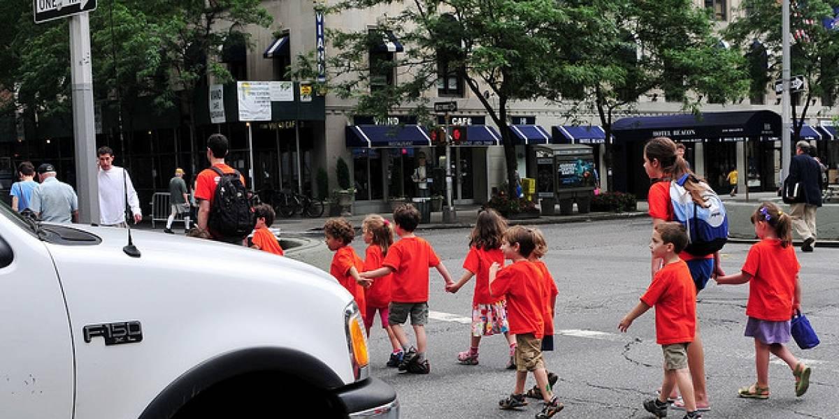 Jardín infantil sueco probará ponerle GPS a los niños para rastrearlos