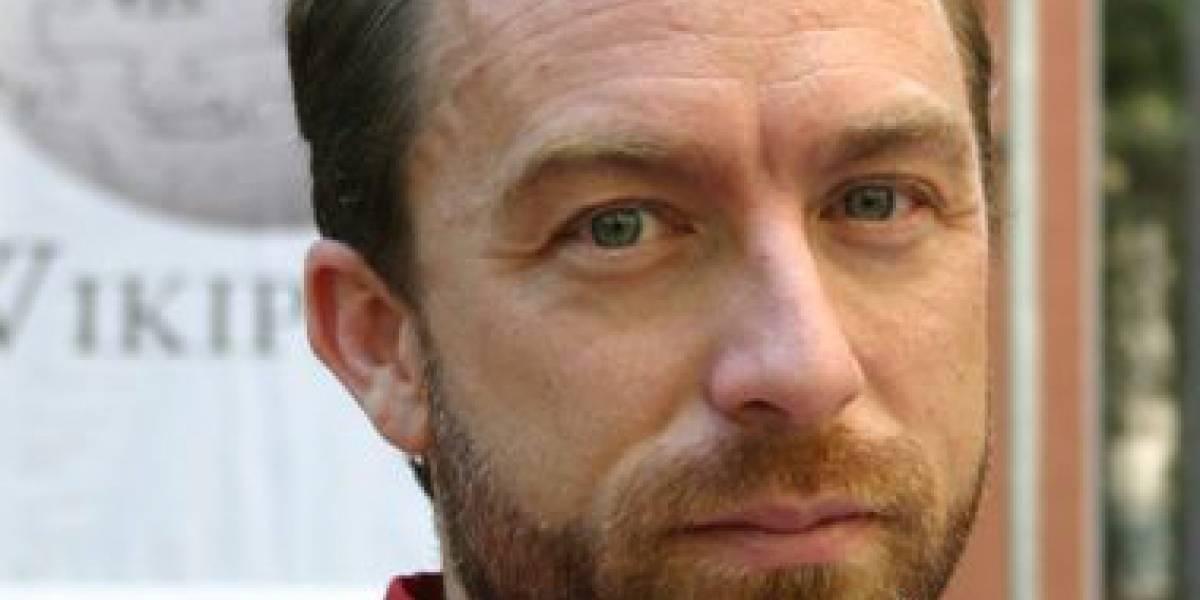 Jimmy Wales dice que las aplicaciones pueden salvar a los medios