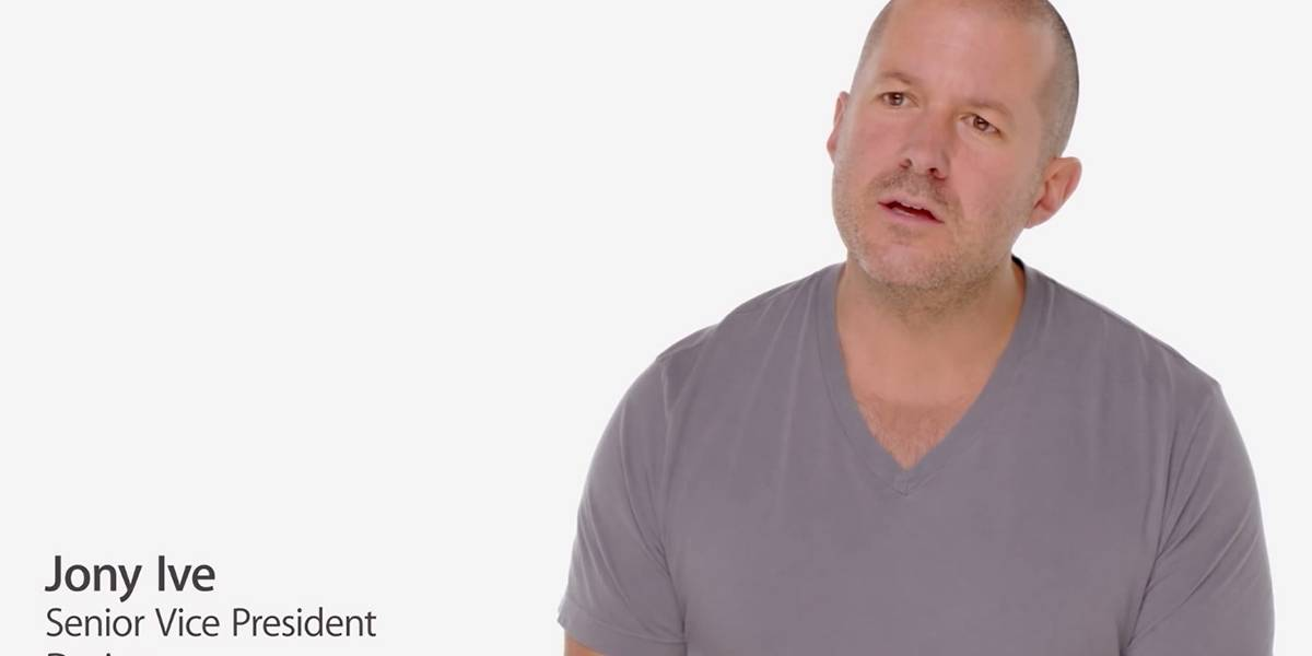 Jony Ive desaparece de la página de ejecutivos de Apple (actualizada)