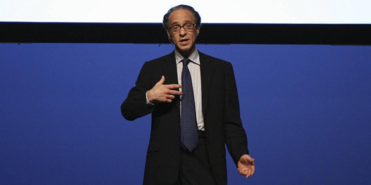 Ray Kurzweil espera que nuestra mente se conecte a Internet para 2035