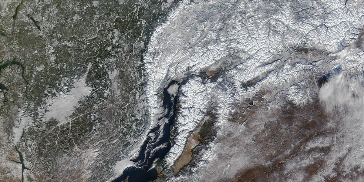 Científicos rusos publican imágenes obtenidas en las profundidades del lago Baikal