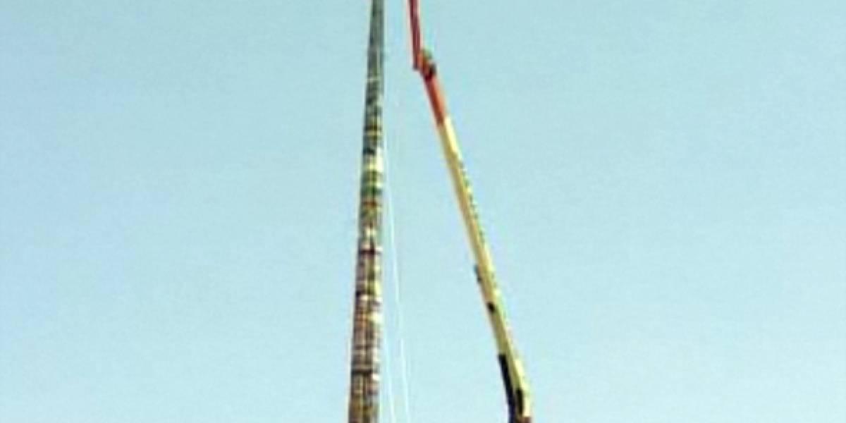 Chile: Construyen la torre de LEGO más alta del mundo
