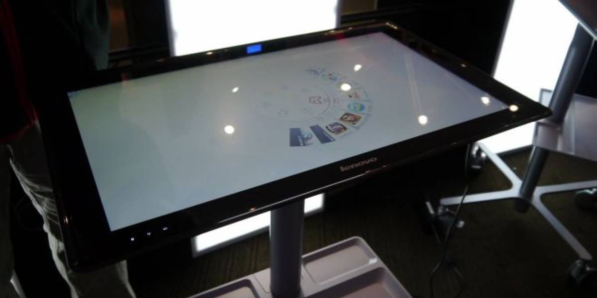 CES 2013: El IdeaCentre Horizon de Lenovo es una mezcla entre tablet y PC