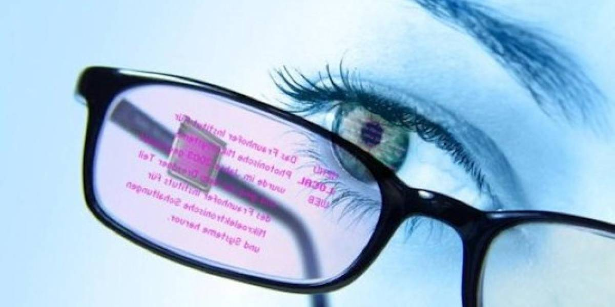 Prototipo funcional de anteojos con pantalla OLED