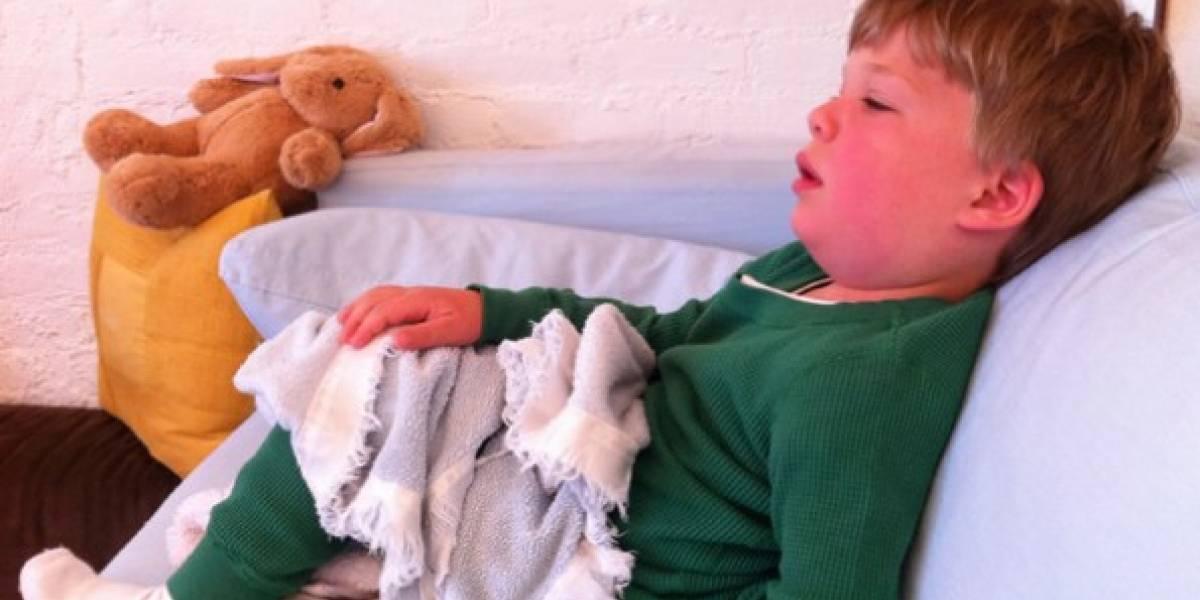 Mujer logró salvar a su hijo enfermo a tiempo gracias a publicar una foto en Facebook