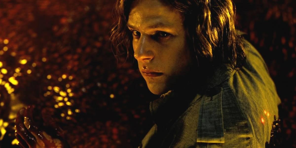 Batman v Superman: escena eliminada muestra a Lex Luthor en comunión con un alienígena