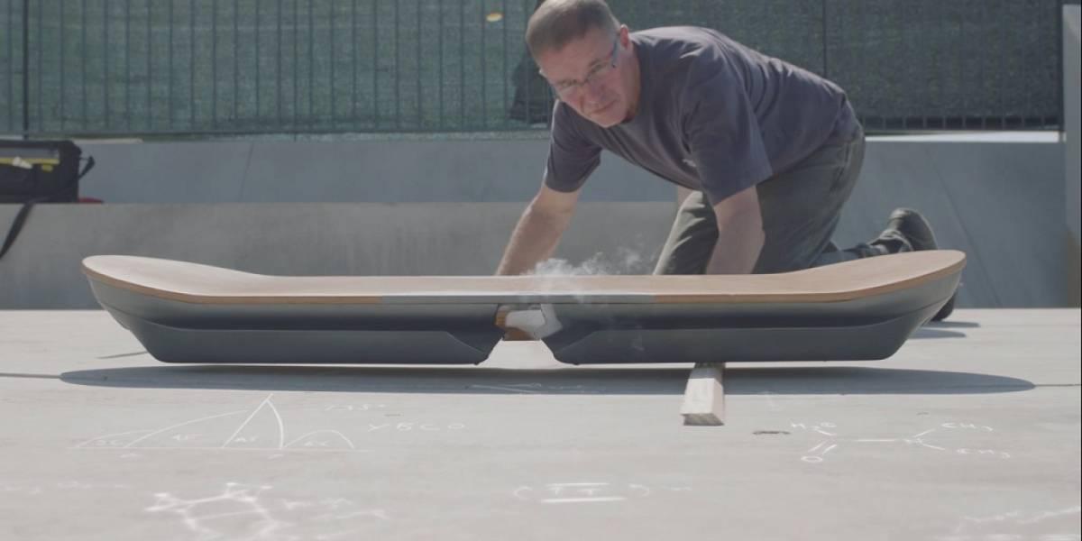 Lexus explica la ciencia detrás de su hoverboard