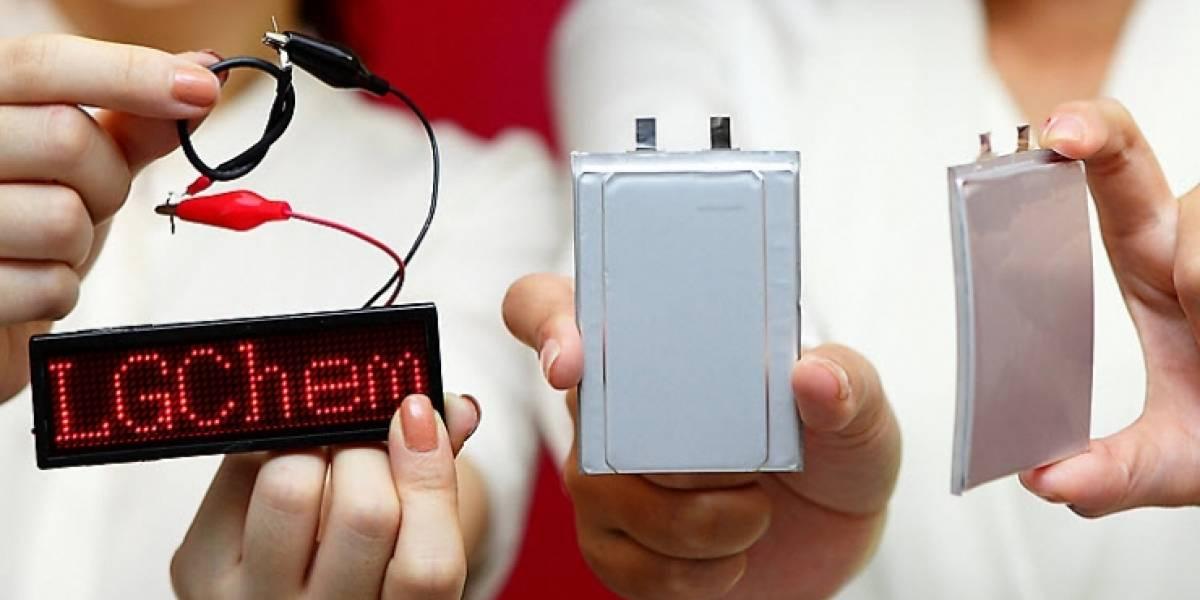 LG muestra una batería curva y una flexible