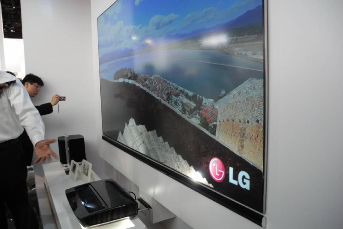 ces 2013 lg laser tv de 100 pulgadas a primera vista. Black Bedroom Furniture Sets. Home Design Ideas