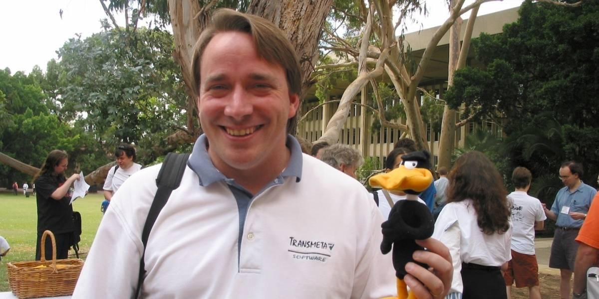 Linus Torvalds habla sobre las distribuciones, los escritorios y las ideologías
