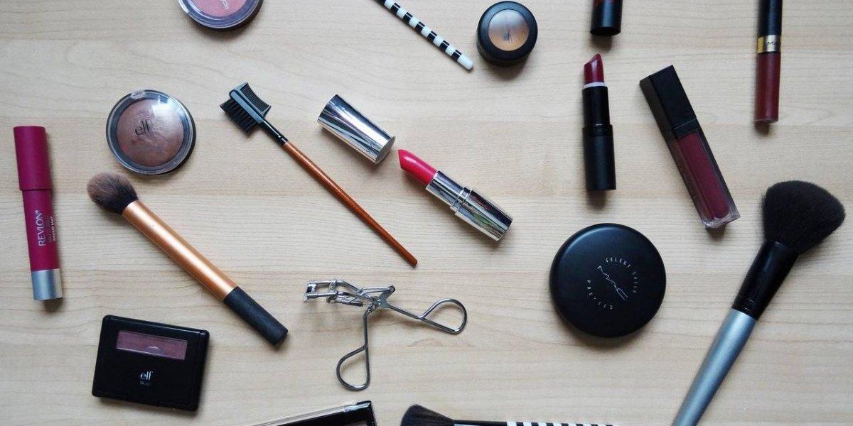 Top 6 de maquillaje con súper descuento en Amazon