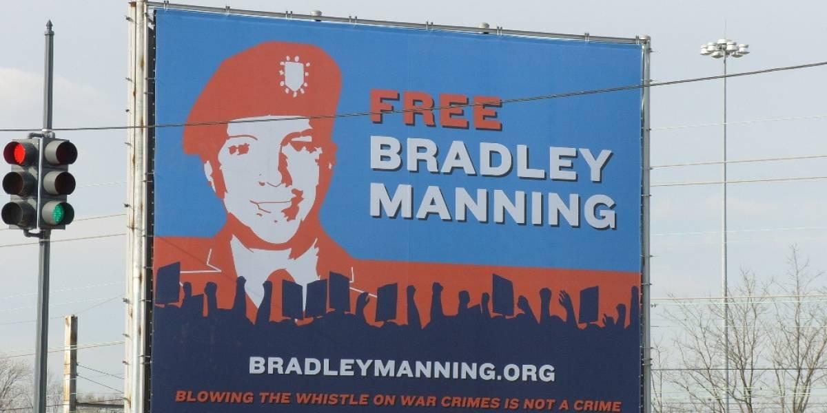 """Bradley Manning se declara culpable de ser fuente de WikiLeaks, pero rechaza haber """"ayudado al enemigo"""""""