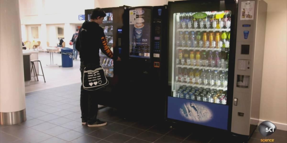 Así detectan monedas falsas las máquinas expendedoras