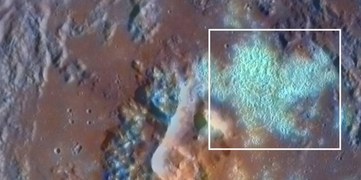 Mercurio está lleno de hoyos