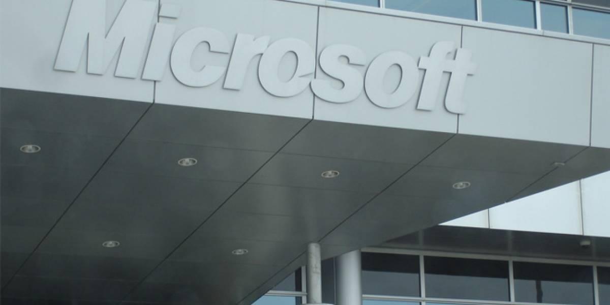 Microsoft reporta ganancias en los últimos 3 meses, pero su CFO renuncia