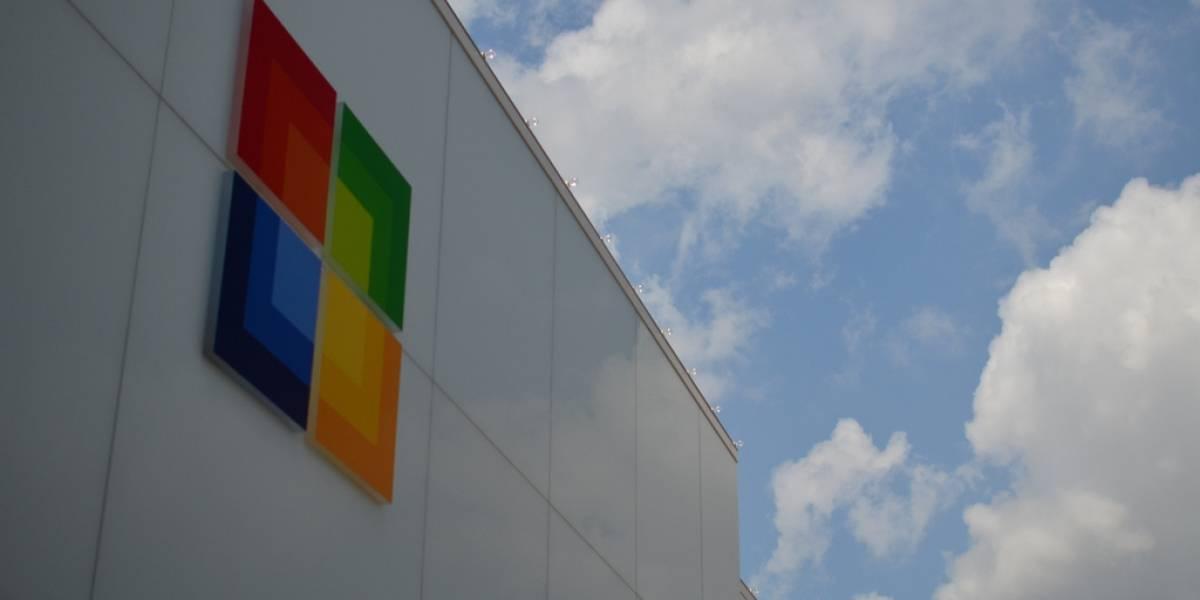 Microsoft puede leer los e-mails que almacena, y las demás empresas también