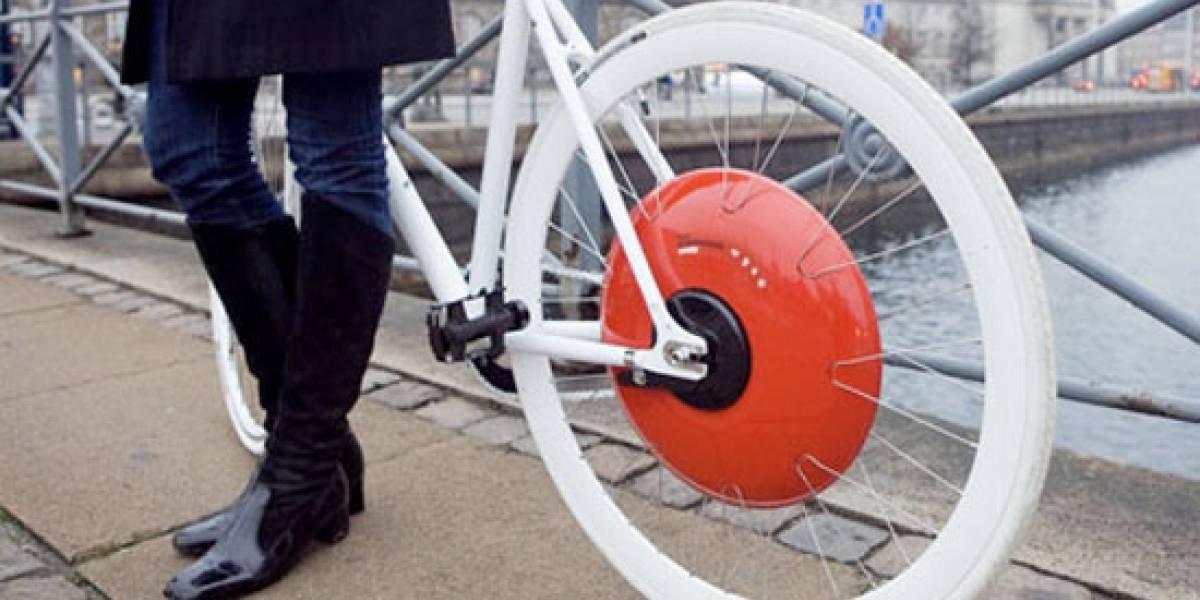 Rueda transforma cualquier bicicleta en una bici eléctrica