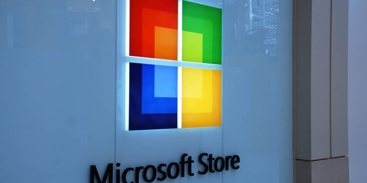 Acciones de Microsoft suben tras el anuncio de que Ballmer se va