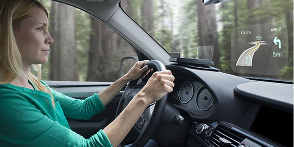 Navdy agrega una pantalla de realidad aumentada en tu automóvil